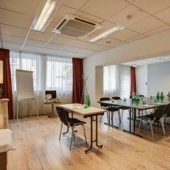 Отель FourSide Hotel & Suites Vienna Австрия, Вена - 3 отзыва об отеле, цены и фото номеров - забронировать отель FourSide Hotel & Suites Vienna онлайн помещение для мероприятий
