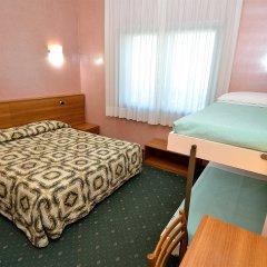 Отель Nuova Mestre Италия, Лимена - 3 отзыва об отеле, цены и фото номеров - забронировать отель Nuova Mestre онлайн комната для гостей фото 2