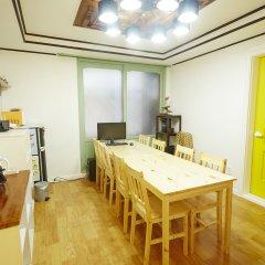 Owl Guesthouse - Hostel в номере фото 2