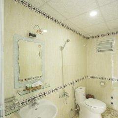 Отель Lys Hotel Вьетнам, Буонматхуот - отзывы, цены и фото номеров - забронировать отель Lys Hotel онлайн ванная фото 2