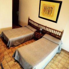 Отель Hostal Mimosa Испания, Сантандер - отзывы, цены и фото номеров - забронировать отель Hostal Mimosa онлайн комната для гостей фото 4