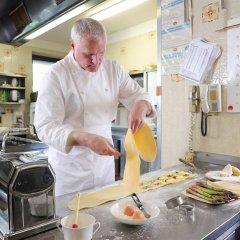 Отель Pollinger Италия, Меран - отзывы, цены и фото номеров - забронировать отель Pollinger онлайн питание