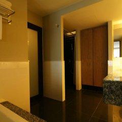 Отель Page 10 Hotel & Restaurant Таиланд, Паттайя - отзывы, цены и фото номеров - забронировать отель Page 10 Hotel & Restaurant онлайн ванная