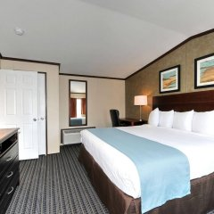 Instalodge Hotel And Suites комната для гостей фото 4