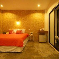 Отель Mbed Phuket Пхукет комната для гостей фото 4