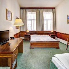 Отель Three Crowns Hotel Чехия, Прага - 6 отзывов об отеле, цены и фото номеров - забронировать отель Three Crowns Hotel онлайн удобства в номере