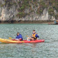 Отель Halong Serenity Cruise Вьетнам, Халонг - отзывы, цены и фото номеров - забронировать отель Halong Serenity Cruise онлайн приотельная территория фото 2