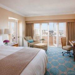 Отель Four Seasons Los Angeles at Beverly Hills комната для гостей фото 4