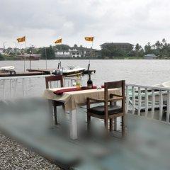 Отель Luthmin River View Hotel Шри-Ланка, Бентота - отзывы, цены и фото номеров - забронировать отель Luthmin River View Hotel онлайн приотельная территория