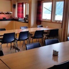 Отель Hellesylt Motel og hostel Норвегия, Странда - отзывы, цены и фото номеров - забронировать отель Hellesylt Motel og hostel онлайн помещение для мероприятий