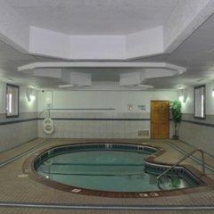 Отель Northwood Inn & Suites Блумингтон сауна