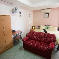 Отель Pattaya Holiday Lodge Паттайя комната для гостей фото 2