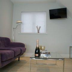 Апартаменты St Anns Square Apartments комната для гостей фото 4
