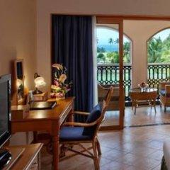 Отель Kenilworth Beach Resort & Spa Индия, Гоа - 1 отзыв об отеле, цены и фото номеров - забронировать отель Kenilworth Beach Resort & Spa онлайн удобства в номере