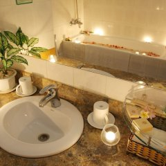Отель DIC Star Hotel Вьетнам, Вунгтау - 1 отзыв об отеле, цены и фото номеров - забронировать отель DIC Star Hotel онлайн ванная фото 2