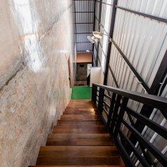 The Alley Hostel & Bistro интерьер отеля фото 2
