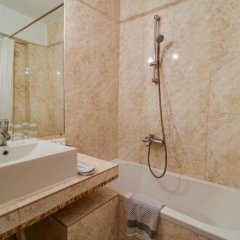 Bomo Palace Hotel in Athens, Greece from 122$, photos, reviews - zenhotels.com bathroom photo 2