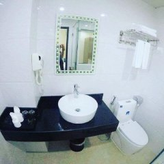 White Crown Hotel ванная