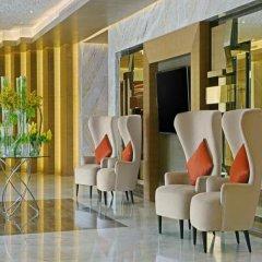 DoubleTree by Hilton Hotel Riyadh - Al Muroj Business Gate бассейн