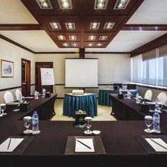 Отель CORNICHE Абу-Даби помещение для мероприятий фото 2