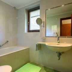 Отель Das Zentrum Австрия, Хохгургль - отзывы, цены и фото номеров - забронировать отель Das Zentrum онлайн ванная