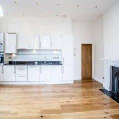 Апартаменты Apple Apartments Kensington Gardens Лондон в номере фото 2