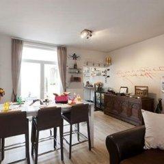 Отель Holidayhome Bruges @ Home комната для гостей фото 5