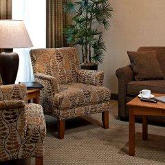 Отель Carriage House Inn Канада, Калгари - отзывы, цены и фото номеров - забронировать отель Carriage House Inn онлайн интерьер отеля фото 2