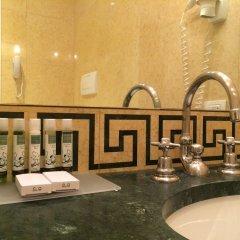 Отель Dona Palace Италия, Венеция - 2 отзыва об отеле, цены и фото номеров - забронировать отель Dona Palace онлайн ванная