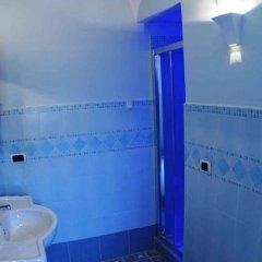 Отель B&B Miramare Италия, Аджерола - отзывы, цены и фото номеров - забронировать отель B&B Miramare онлайн ванная