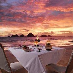 Отель Anyavee Tubkaek Beach Resort питание