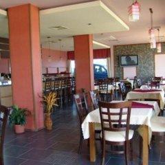 Отель Sunny Bay Болгария, Солнечный берег - отзывы, цены и фото номеров - забронировать отель Sunny Bay онлайн гостиничный бар