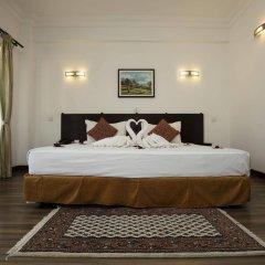 Отель Waterfront by KGH Group Непал, Покхара - отзывы, цены и фото номеров - забронировать отель Waterfront by KGH Group онлайн сейф в номере