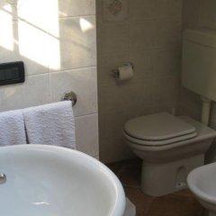 Отель A Casa da Franz Манерба-дель-Гарда ванная