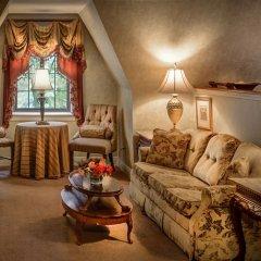 Отель Red Coach Inn США, Ниагара-Фолс - отзывы, цены и фото номеров - забронировать отель Red Coach Inn онлайн комната для гостей фото 5