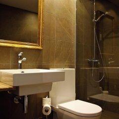 Отель Aparthotel Arrels d'Empordà ванная