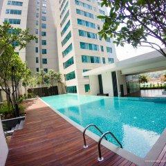 Отель Summer Suites Residences by Subhome Малайзия, Куала-Лумпур - отзывы, цены и фото номеров - забронировать отель Summer Suites Residences by Subhome онлайн бассейн