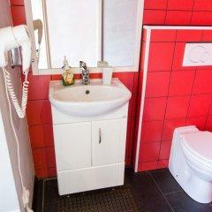 Гостиница Летучая мышь Отель в Выборге 8 отзывов об отеле, цены и фото номеров - забронировать гостиницу Летучая мышь Отель онлайн Выборг ванная фото 2