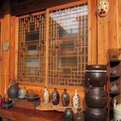 Отель Tea Hanok Guesthouse интерьер отеля