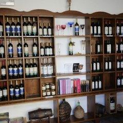 Отель Fattoria Abbazia Monte Oliveto Италия, Сан-Джиминьяно - отзывы, цены и фото номеров - забронировать отель Fattoria Abbazia Monte Oliveto онлайн гостиничный бар