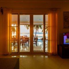 Отель On The Beach Villa by Lofty комната для гостей фото 5