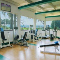 Отель Coral Beach Resort - Sharjah фитнесс-зал фото 2