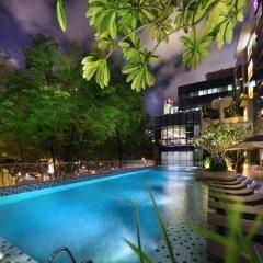 Отель Park Regis Singapore бассейн
