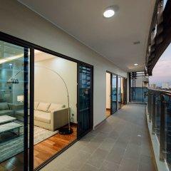 Апартаменты Lexington Serviced Apartments балкон