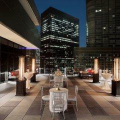 Отель Wyndham Grand Chicago Riverfront фото 6