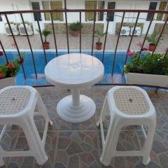 Family Hotel Bohemi Равда балкон