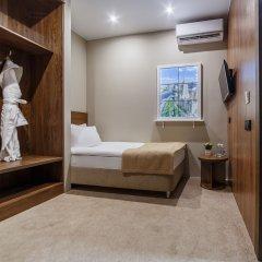 Гостиница Riverside сейф в номере