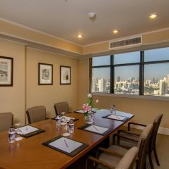 Отель The Sukosol Бангкок помещение для мероприятий