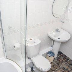 Отель Base Serviced Apartments - The Docks Великобритания, Ливерпуль - отзывы, цены и фото номеров - забронировать отель Base Serviced Apartments - The Docks онлайн ванная фото 2