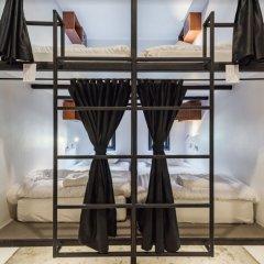 Отель Book a Bed Poshtel - Hostel Таиланд, Пхукет - отзывы, цены и фото номеров - забронировать отель Book a Bed Poshtel - Hostel онлайн гостиничный бар